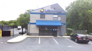 Life Storage - Jessup - 8255 Washington Boulevard Facility at  8255 Washington Boulevard, Jessup, MD