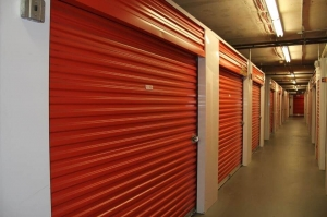 Public Storage - Orlando - 900 S Kirkman Road - Photo 2