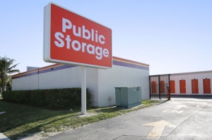 Image of Public Storage - Ft Lauderdale - 5850 NW 9th Ave Facility at 5850 NW 9th Ave  Ft Lauderdale, FL
