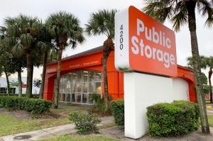 Public Storage - West Palm Beach - 4200 Okeechobee Blvd Facility at  4200 Okeechobee Blvd, West Palm Beach, FL
