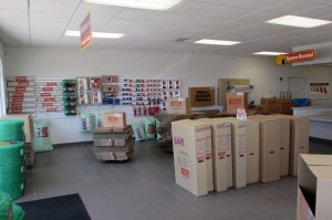 Image of Public Storage - Pinellas Park - 4221 Park Blvd Facility on 4221 Park Blvd  in Pinellas Park, FL - View 3