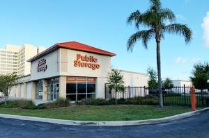 Public Storage - West Palm Beach - 1155 Belvedere Road Facility at  1155 Belvedere Road, West Palm Beach, FL