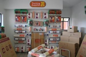 Image of Public Storage - Longwood - 570 N US Highway 17 92 Facility on 570 N US Highway 17 92  in Longwood, FL - View 3