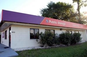 Public Storage - Jacksonville - 8523 Baymeadows Road Facility at  8523 Baymeadows Road, Jacksonville, FL