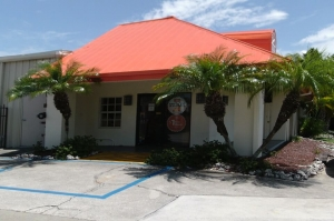 Public Storage - Naples - 3555 Radio Road Facility at  3555 Radio Road, Naples, FL