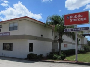 Image of Public Storage - Brandon - 1007 E Brandon Blvd Facility at 1007 E Brandon Blvd  Brandon, FL