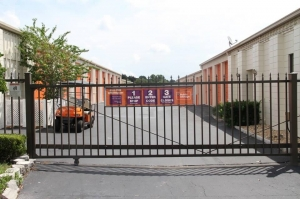 Image of Public Storage - Ocala - 3407 NE 36th Ave Facility on 3407 Ne 36th Avenue Rd  in Ocala, FL - View 4