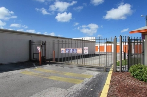 Image of Public Storage - Tampa - 9210 Lazy Lane Facility on 9210 Lazy Lane  in Tampa, FL - View 4