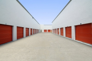 Image of Public Storage - Miami Gardens - 1875 NW 167th St Facility on 1875 NW 167th St  in Miami Gardens, FL - View 2
