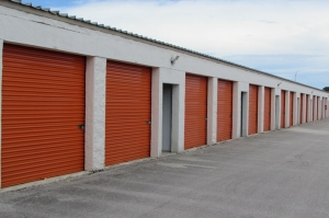 Public Storage - Palm Beach Gardens - 4151 Burns Rd - Photo 2