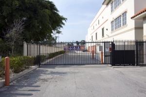 Public Storage - West Palm Beach - 1247 45th Street - Photo 4