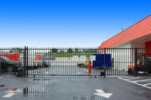 Image of Public Storage - Hollywood - 851 Knights Rd Facility on 851 Knights Rd  in Hollywood, FL - View 4