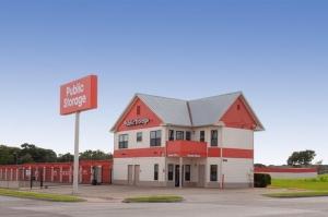 Public Storage - Fort Worth - 1048 E Seminary Drive Facility at  1048 E Seminary Drive, Fort Worth, TX