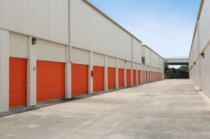 Image of Public Storage - Houston - 4341 Southwest Freeway Facility on 4341 Southwest Freeway  in Houston, TX - View 2