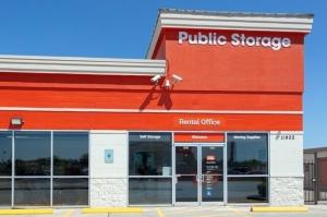 Public Storage - Houston - 11900 Katy Freeway Facility at  11900 Katy Freeway, Houston, TX