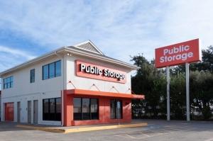 Public Storage - Dallas - 2861 Walnut Hill Lane Facility at  2861 Walnut Hill Lane, Dallas, TX