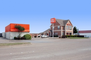 Public Storage - Duncanville - 1212 N Duncanville Rd Facility at  1212 N Duncanville Rd, Duncanville, TX