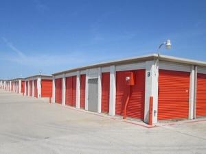 Image of Public Storage - No Richland Hills - 6451 Hilltop Drive Facility on 6451 Hilltop Drive  in No Richland Hills, TX - View 2