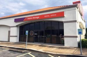 Public Storage - Austin - 10931 Research Blvd Facility at  10931 Research Blvd, Austin, TX