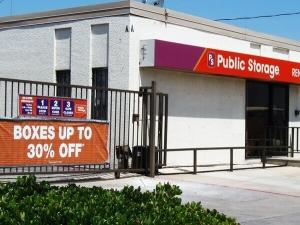 Public Storage - Dallas - 4925 S Cockrell Hill Road Facility at  4925 S Cockrell Hill Road, Dallas, TX