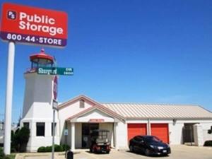 Public Storage - Bedford - 1508 Airport Freeway Facility at  1508 Airport Freeway, Bedford, TX