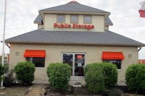 Public Storage - League City - 1250 W. League City Pkwy Facility at  1250 W. League City Pkwy, League City, TX