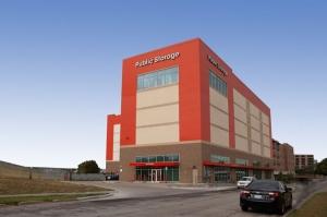 Public Storage - Dallas - 1611 Chestnut St Facility at  1611 Chestnut St, Dallas, TX