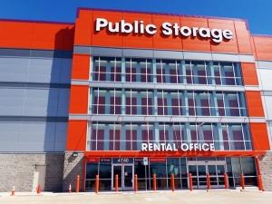Public Storage - Dallas - 4740 Harry Hines Blvd Facility at  4740 Harry Hines Blvd, Dallas, TX