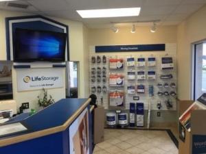Life Storage - St. Petersburg - 4495 49th Street North - Photo 4
