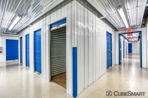 Image of CubeSmart Self Storage - Winter Springs Facility on 1007 Willa Springs Drive  in Winter Springs, FL - View 4
