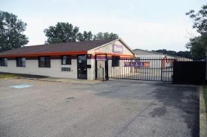 Public Storage - Parma - 11395 Brookpark Road Facility at  11395 Brookpark Road, Parma, OH