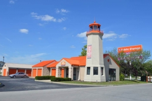 Public Storage - Indianapolis - 50 Washington Pointe Drive Facility at  50 Washington Pointe Drive, Indianapolis, IN
