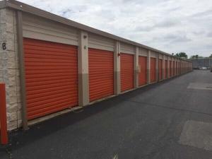 Public Storage - Bay Shore - 122 Saxon Ave Facility at  122 Saxon Ave, Bay Shore, NY