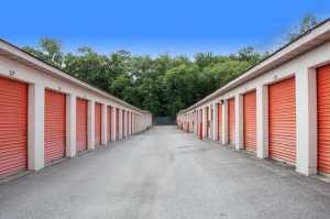 Image of Public Storage - Gambrills - 1057 State Route 3 N Facility on 1057 State Route 3 N  in Gambrills, MD - View 2