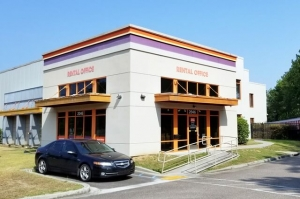 Public Storage - Summerville - 2046 N Main St Facility at  2046 N Main St, Summerville, SC