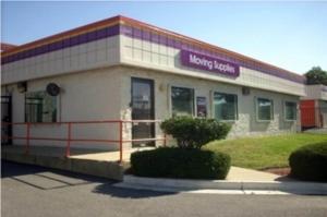 Public Storage - Oxon Hill - 5000 Indian Head Hwy Facility at  5000 Indian Head Hwy, Oxon Hill, MD