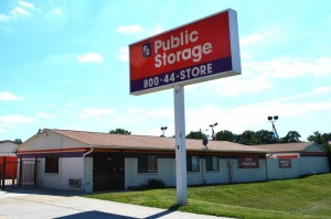 Public Storage - Indianapolis - 8651 E Washington St Facility at  8651 E Washington St, Indianapolis, IN