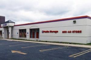 Public Storage - Garden City - 1055 Stewart Ave Facility at  1055 Stewart Ave, Garden City, NY