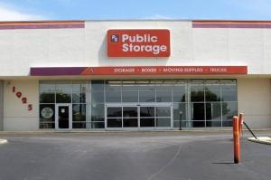 Public Storage - Winston Salem - 1925 Silas Creek Pkwy Facility at  1925 Silas Creek Pkwy, Winston Salem, NC