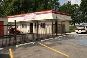Public Storage - Indianapolis - 5505 Elmwood Ave Facility at  5505 Elmwood Ave, Indianapolis, IN