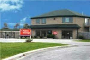 Public Storage - Tonawanda - 105 Hospitality Centre Way Facility at  105 Hospitality Centre Way, Tonawanda, NY