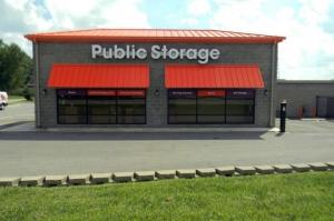 Public Storage - Worthington - 7545 Alta View Bl Facility at  7545 Alta View Bl, Worthington, OH