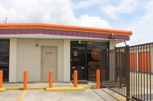 Public Storage - Gretna - 3000 Belle Chasse Hwy Facility at  3000 Belle Chasse Hwy, Gretna, LA