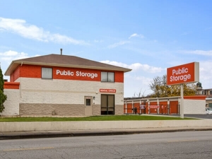 Public Storage - Chicago - 2638 N Pulaski Road Facility at  2638 N Pulaski Road, Chicago, IL