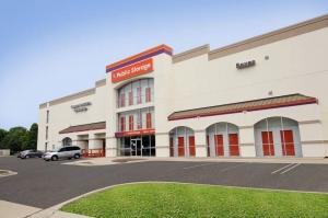 Image of Public Storage - Waukegan - 1401 N Green Bay Road Facility at 1401 N Green Bay Road  Waukegan, IL