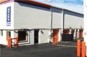 Public Storage - Nashville - 450 McNally Drive Facility at  450 McNally Drive, Nashville, TN