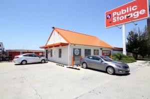Public Storage - Bedford Park - 7000 S Cicero Ave Facility at  7000 S Cicero Ave, Bedford Park, IL