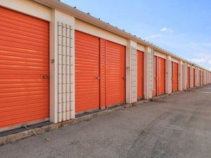 Image of Public Storage - Broadview - 2040 S 25th Ave Facility on 2040 S 25th Ave  in Broadview, IL - View 2