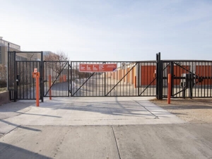 Image of Public Storage - Broadview - 2040 S 25th Ave Facility on 2040 S 25th Ave  in Broadview, IL - View 4