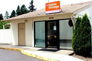 Image of Public Storage - Portland - 1621 NE 71st Ave Facility at 1621 NE 71st Ave  Portland, OR